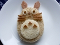 How to make Totoro peanut butter sandwich