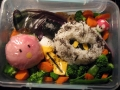 Meta Knight and Kirby bento by Andrea, Created/posted on 10/13/2009